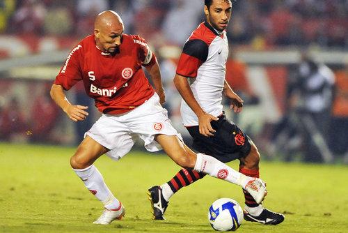 Resultado de imagen para sudamericana 2008 guiñazu