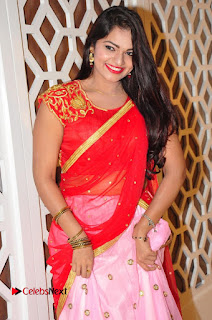 Actress Aswini Pictures at The Wedding Vows Fashion Show  0006.jpg