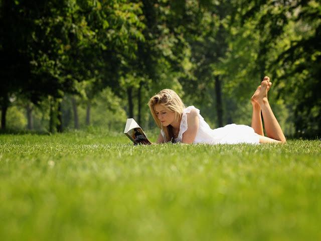 Membaca Bisa Mengobati dan Menghilangkan Stres