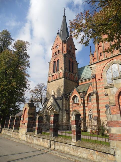 Ciężkowice, Kościół