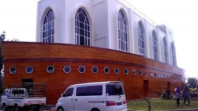masjid kapal semarang