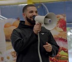 Drake lança clipe de God's Plan