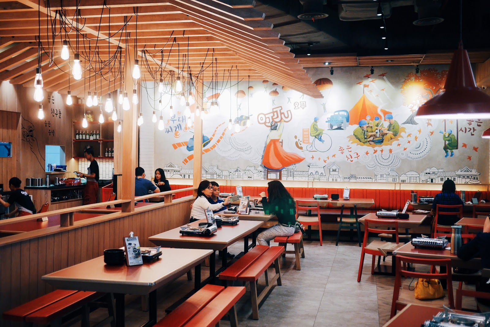 You Could Easily Guess That Its A Korean Cuisine Just By Looking At The Interior