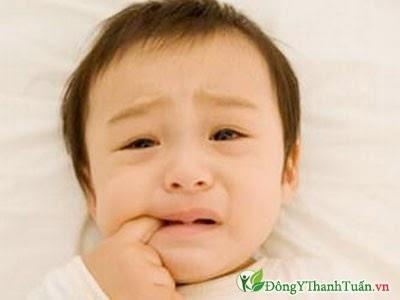 giảm đau khi mọc răng cho trẻ