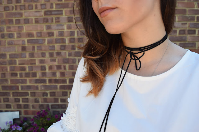 What Cat Says - What Cat Wore | Lace & Denim - Necklace Detailing