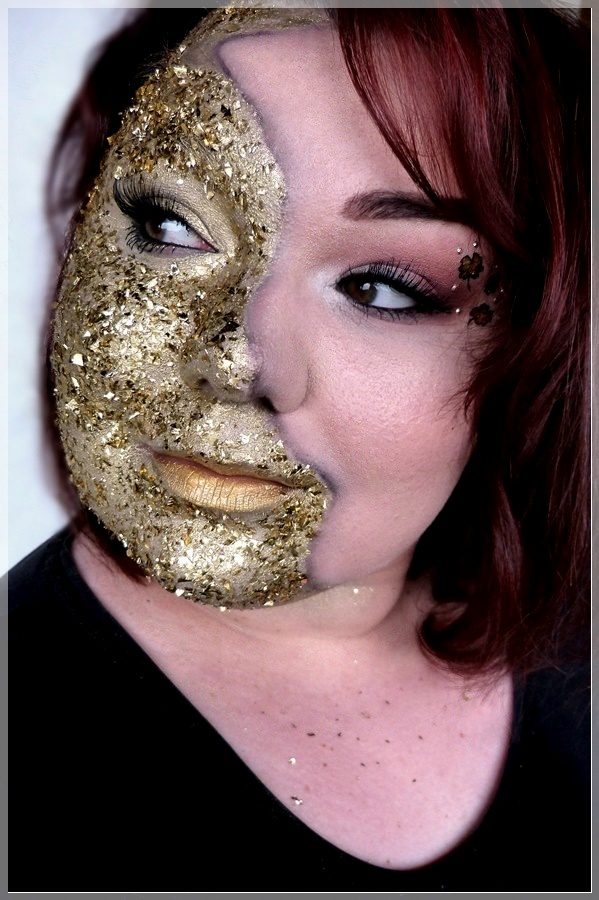 kreatives makeup mit Goldfolie