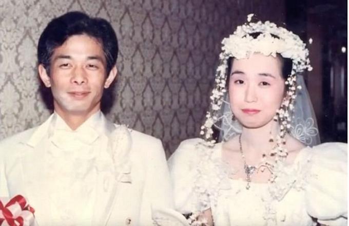 Suami Merajuk Selama 20 Tahun, Namun Masih Tetap Tinggal Bersama. Apa yang Membuatkan Suami Ini Merajuk Sangatlah Di Luar Jangkaan dan Sangat Menyentuh Hati