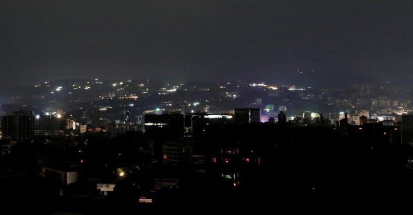 Suspenden actividades escolares y laborales en Venezuela por nuevo corte de energía eléctrica