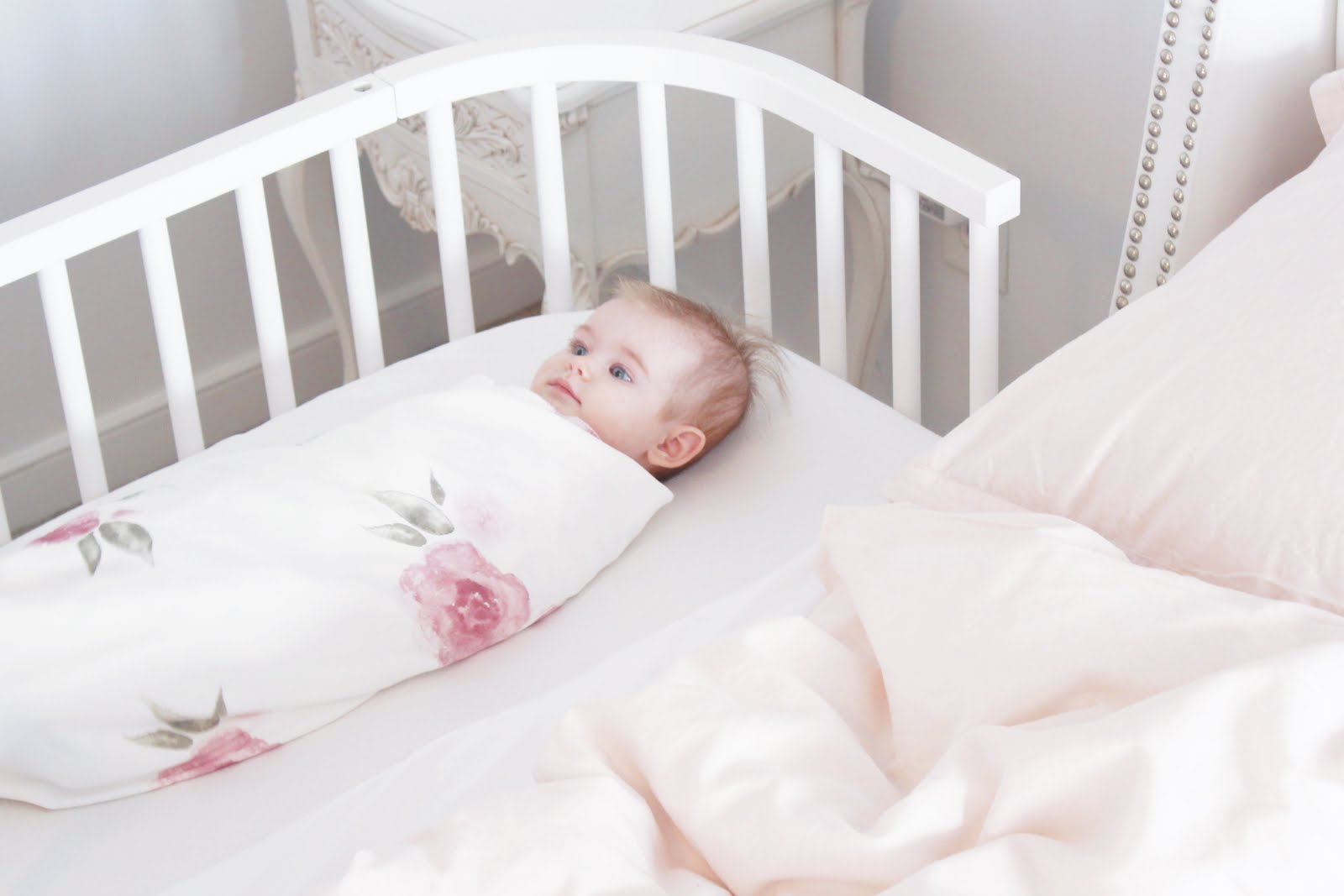 amy antoinette lifestyle blog co sleeping with the babybay. Black Bedroom Furniture Sets. Home Design Ideas