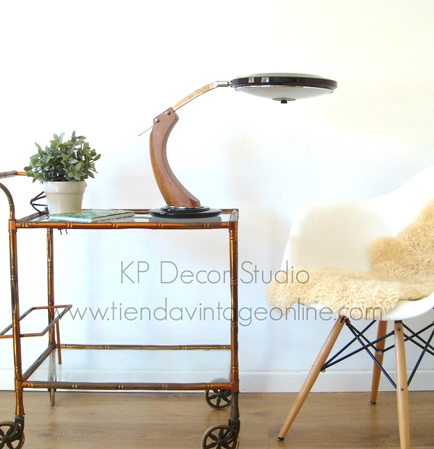 tiendas decoracion vintage valencia. muebles. lamparas fase. estilo midcentury. piezas únicas
