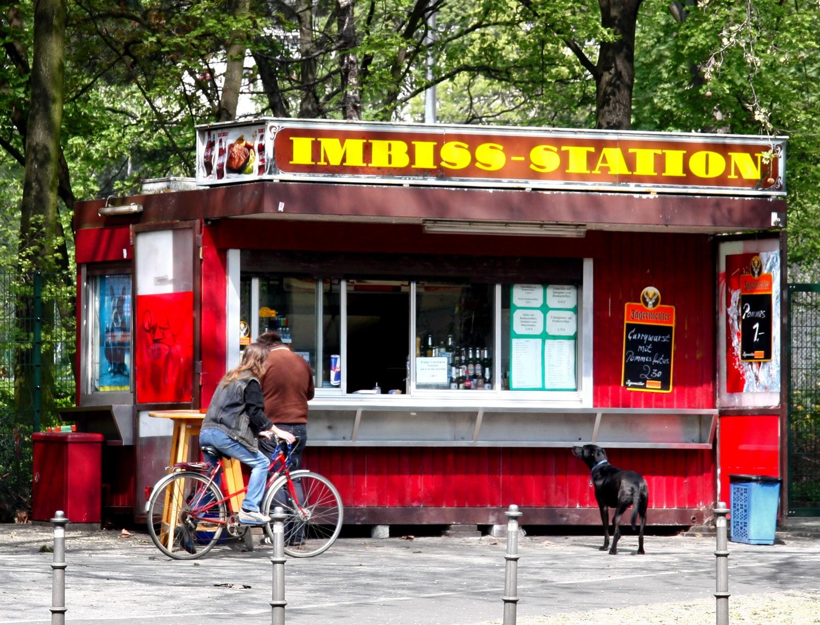 street cuisine currywurst in berlin. Black Bedroom Furniture Sets. Home Design Ideas