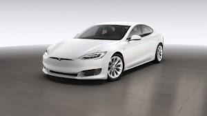 mobil Tesla berteknologi instrument cluster rentan terhadap hacker