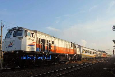 Jadwal Kereta Api Siliwangi - Pangrango