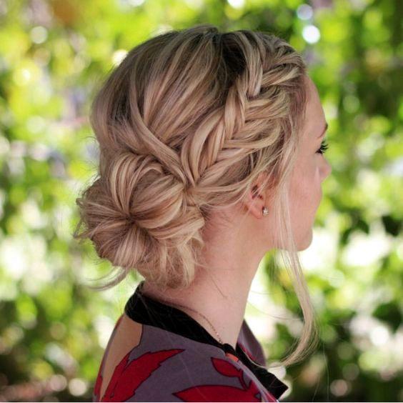 Rambut Panjang Wanita ketiga