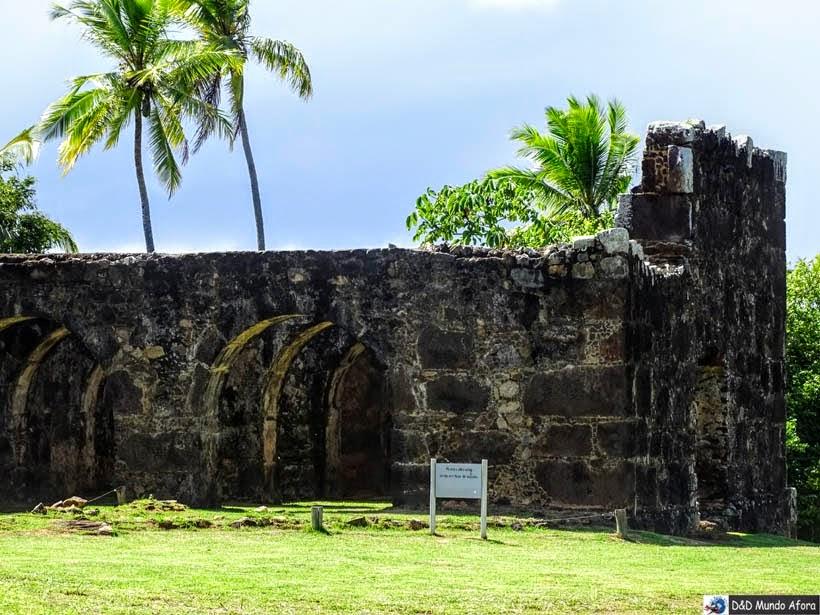 Ruínas do Castelo Garcia D'Ávila - O que fazer na Praia do Forte (Bahia)