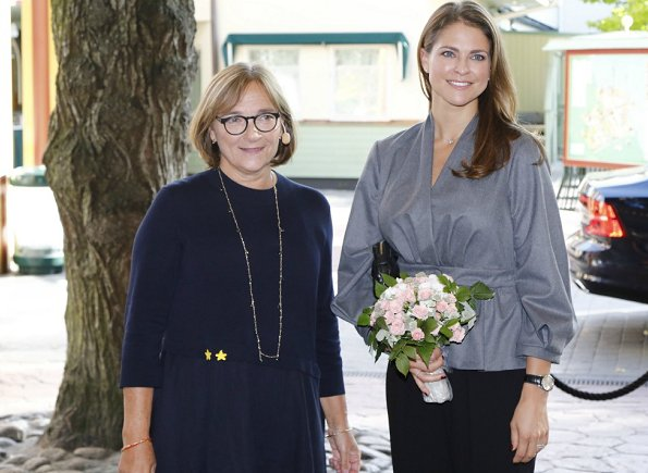 Princess Madeleine wore ZARA wrap overshirt with button for attend My Special Day seminar Foundation for My Big Day event