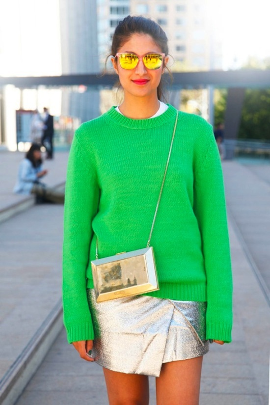 metallic accessories with brights, metallic mini skirt, silver cross body bag, street style