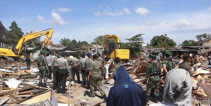 Wali Kota Tangerang  Gusur Ratusan Rumah Warga