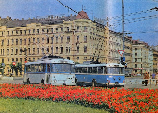 Skoda 9Tr в центре Риги