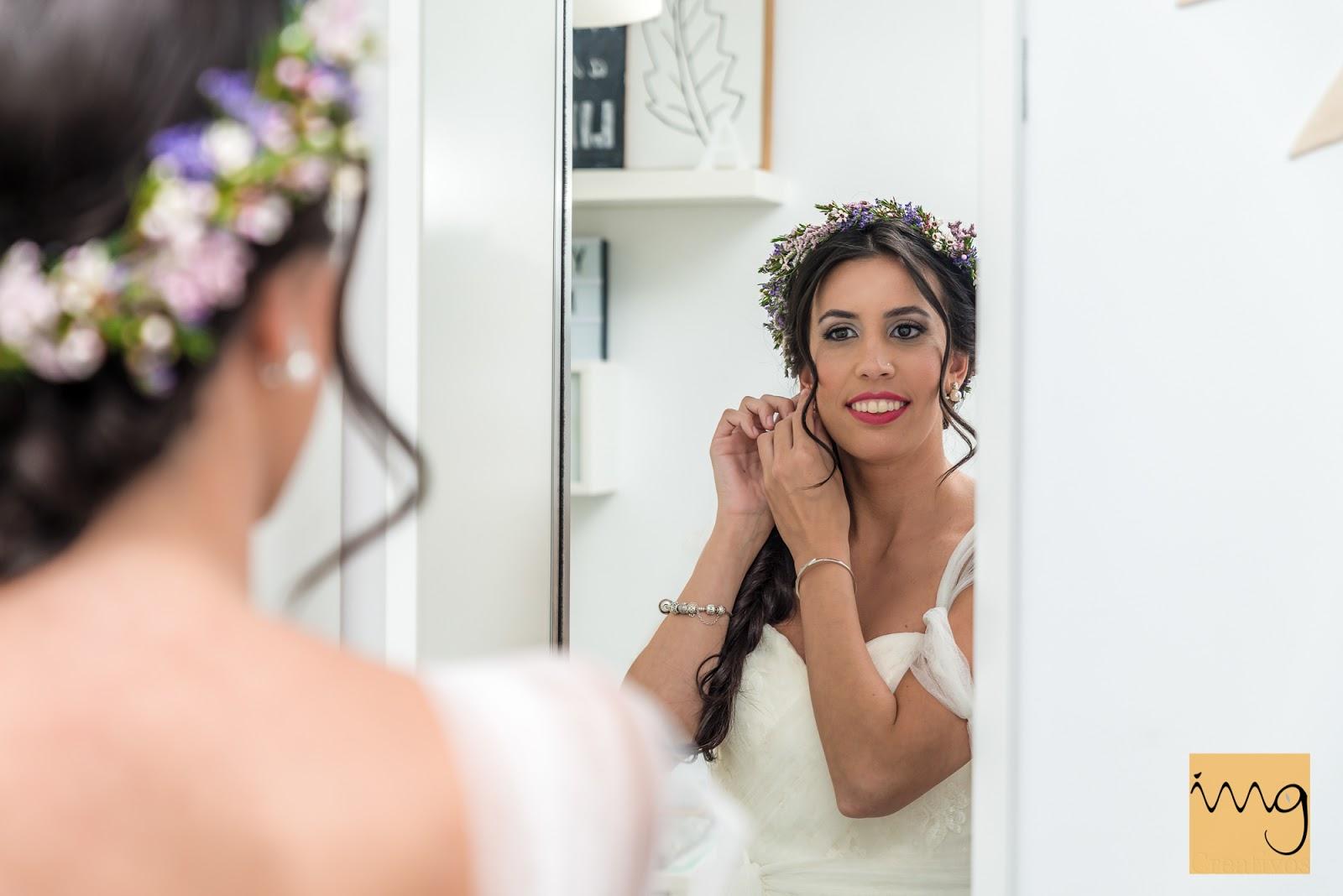 Retrato de boda en el espejo