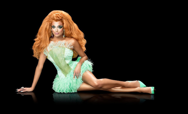 Valentina Drag Queen