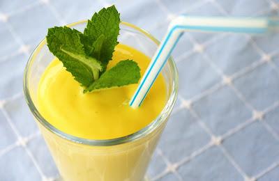 napój jogurtowy z mango