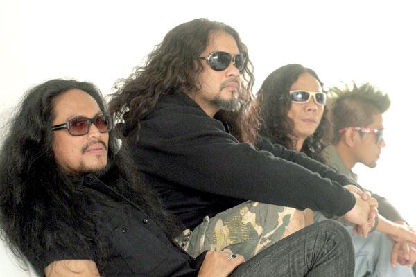 Bagi XPDC saat pertama kali ditanya penganjur Red Garage Group Sdn. Bhd.  adakah mereka mahu terbabit dalam konsert anjuran mereka 0176dc0876