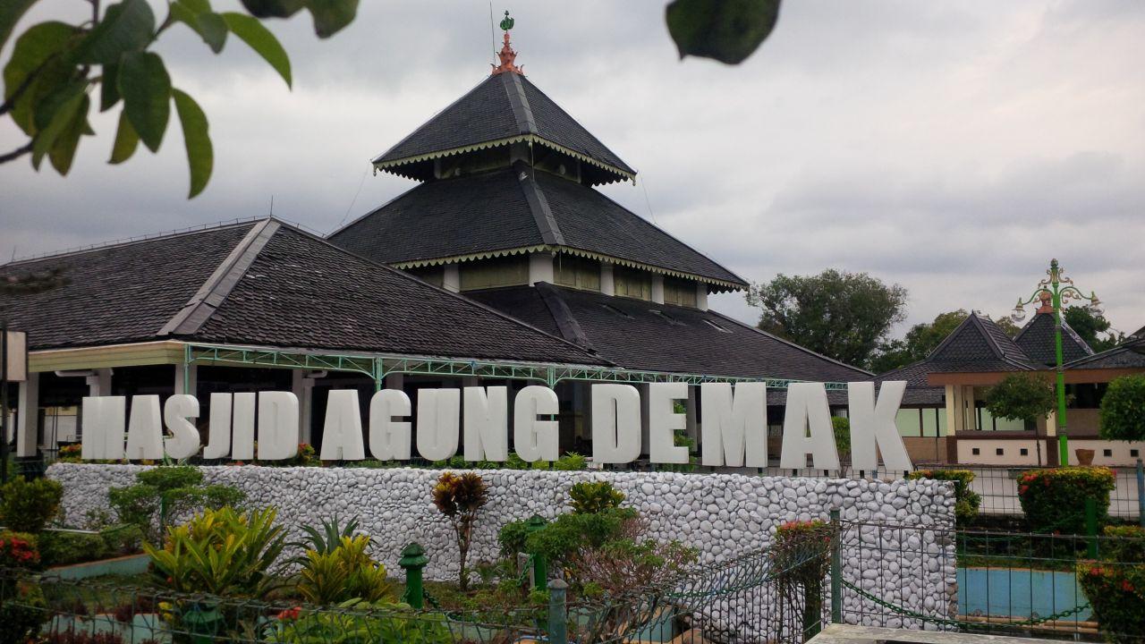 15 Tempat Wisata Yang Wajib Dikunjungi di Demak Jawa Tengah ...