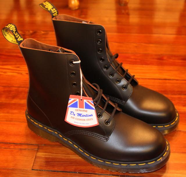 doc marten 39 s made in england uk vintage boots part ii alphabet city. Black Bedroom Furniture Sets. Home Design Ideas