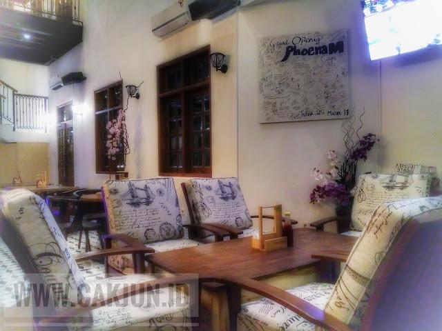 Menikmati Aroma Kopi Ala Ibu Kota Di Cafe Phoenam Kayaka Koffie Tuban, Mantap Dan Malu Jaya
