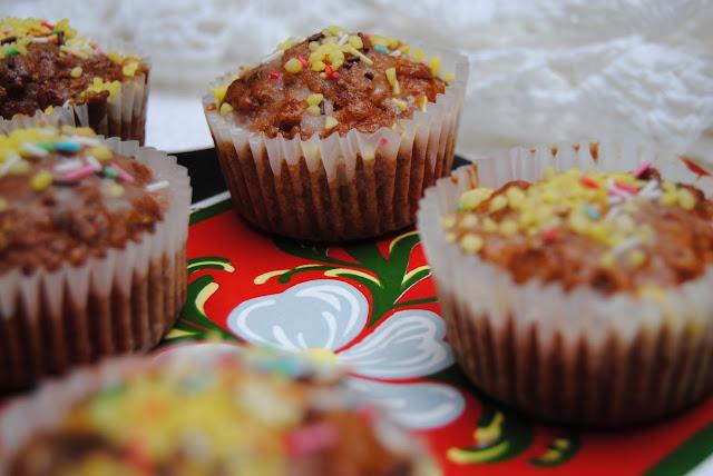 przepis na proste Muffinki jabłkowo- marchewkowe