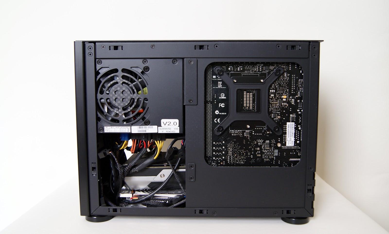 PC Gamer 2014 SFF en caja NCASE M1