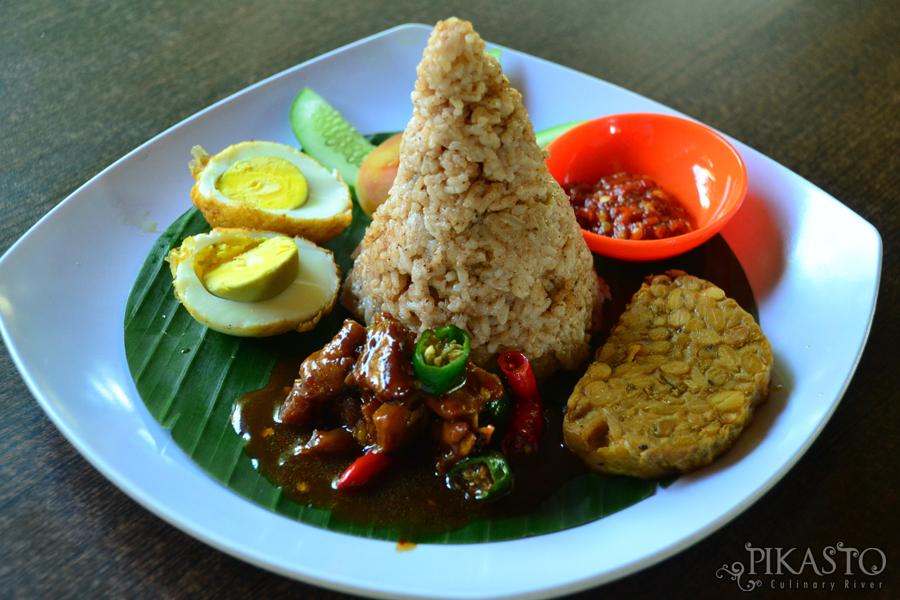 Pikasto - Kuliner Pinggir Kali Serayu - The Pikas