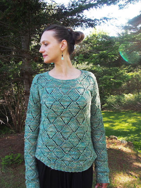 Bergere de France pullover made with Rowan Silkystones, knit by Dayana Knits