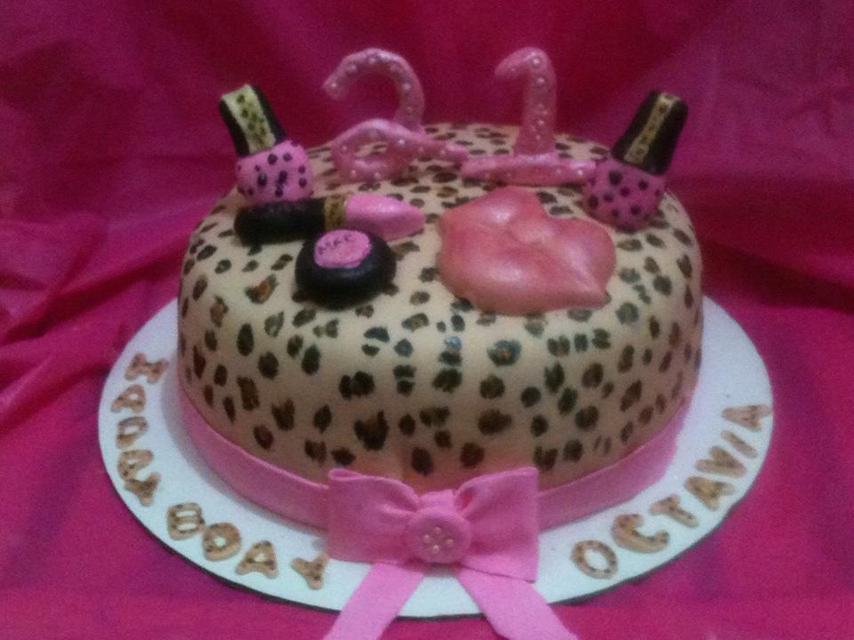This Cake Was Done For A Girl Who Turned 21 Years Old I Actually Knew Her Since She Little So Reality Set In That Im Getting Up There Lol