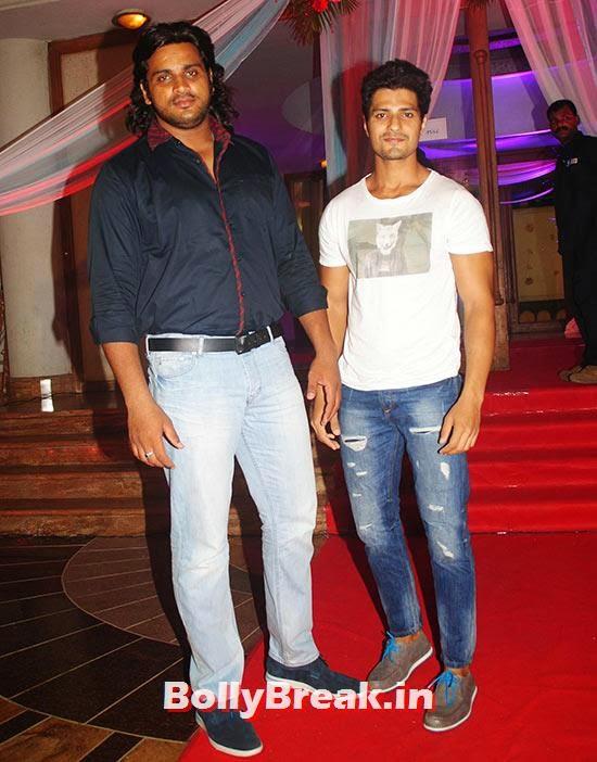 Saurav Raj Gujar and Vin Raina, Indian Tv Serial Mahabharat Heroines and Heroes Pics from Success Party