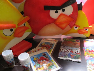 KIT DECORACION ANGRY BIRDS GLOBOS E ICOPOR