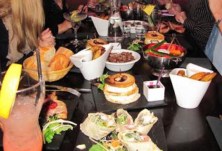 Cenando en el Wallace Café de Toulouse