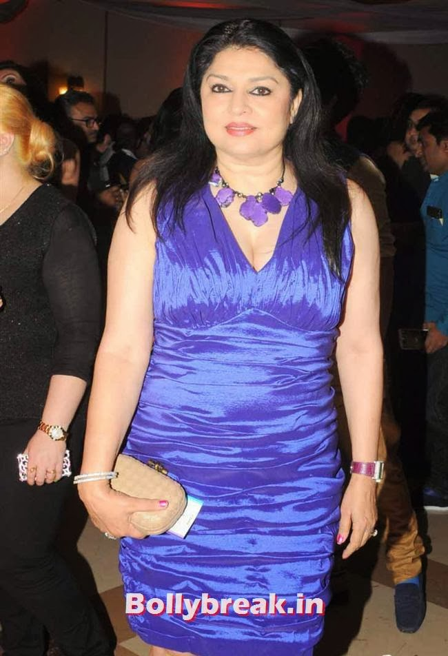 Kiran Sippy, Page 3 Celebs at Rohit Varma's A Beautiful You Inside Out Show