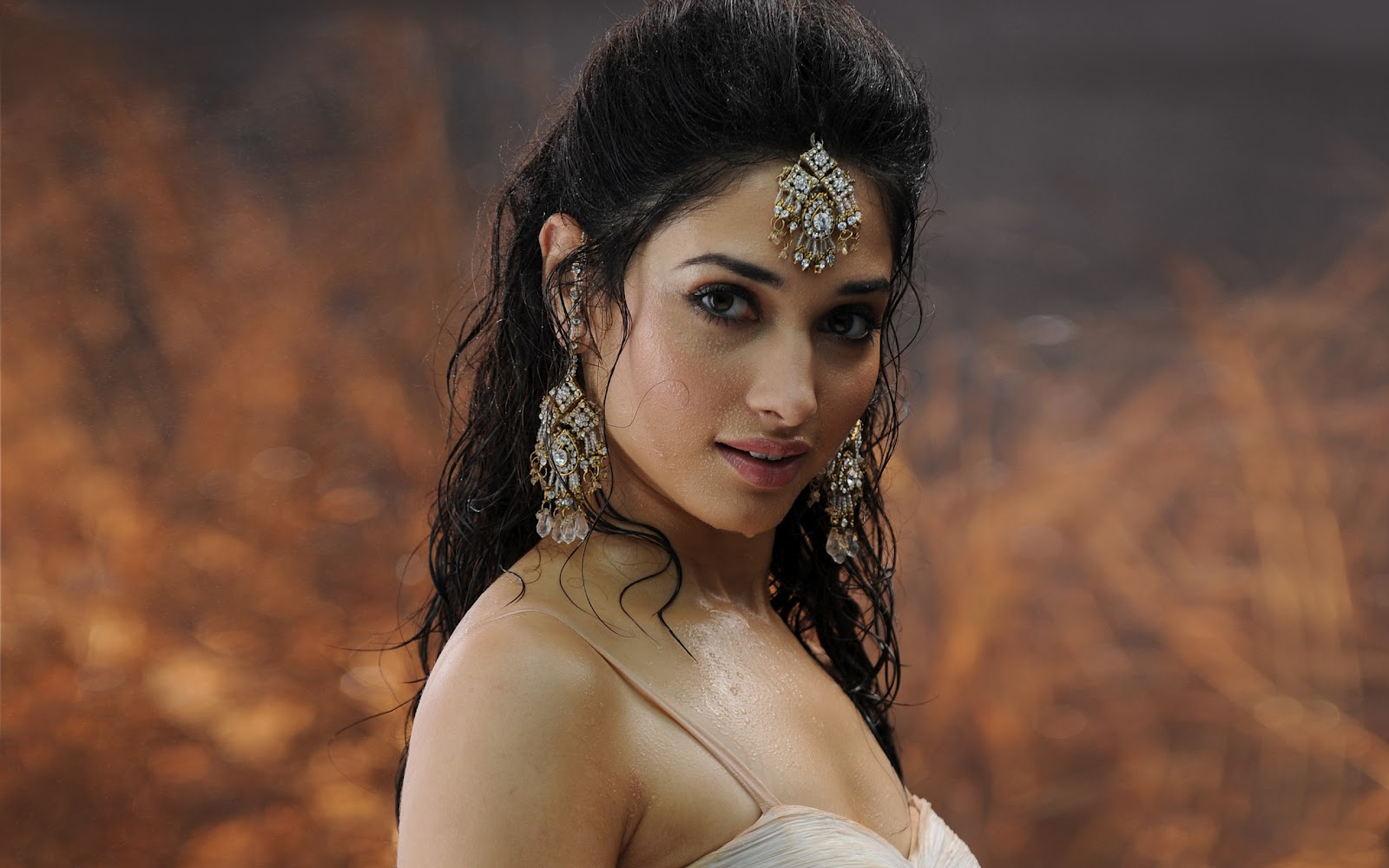 Wallpaper India: INDIAN ACTRESSES HD Wallpapers Part 2