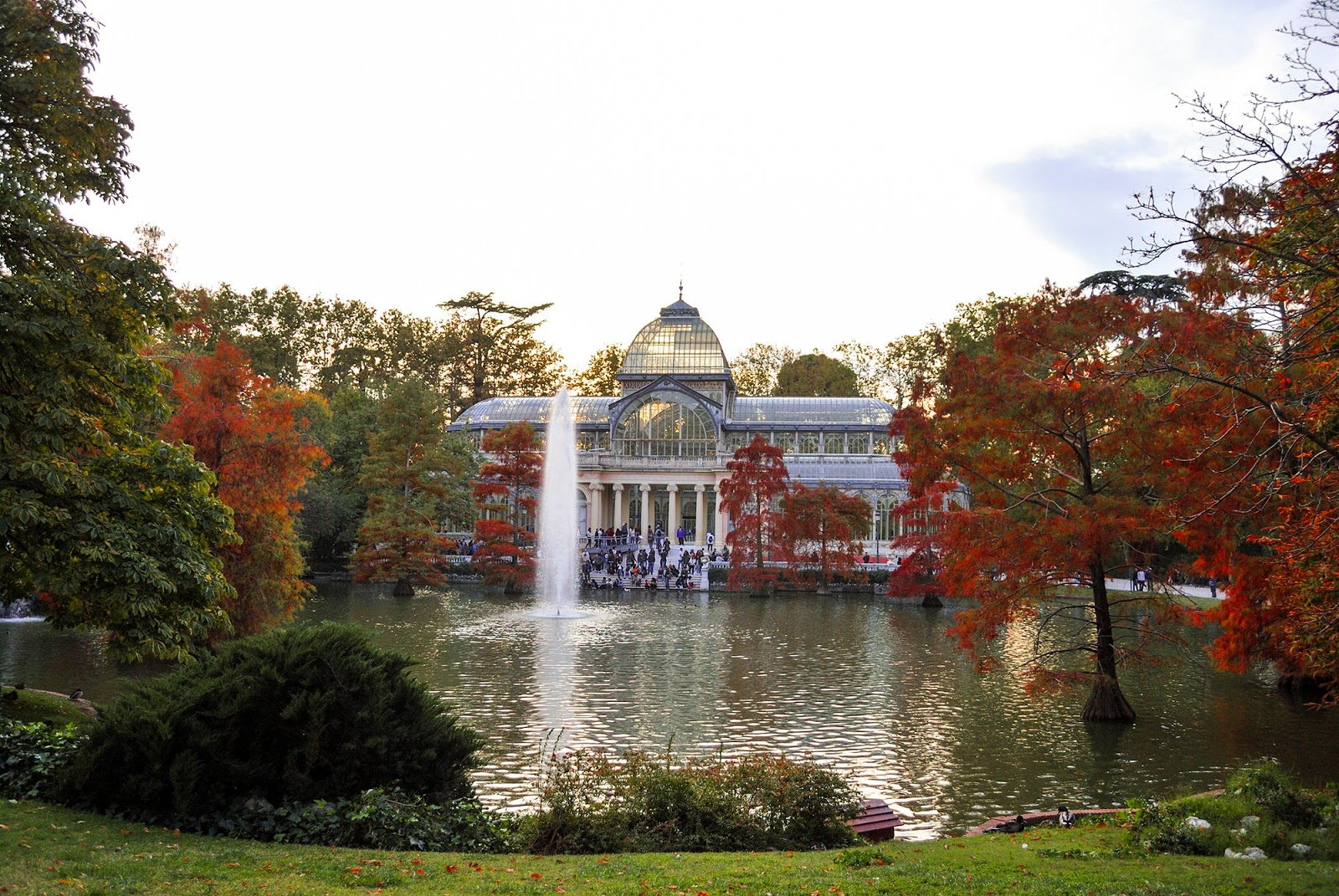 glass palace autumn fall retiro park madrid