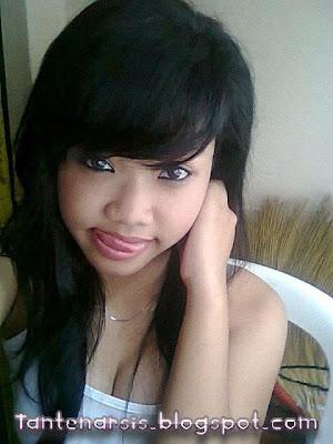 Foto Narsis Anak Smp Imut Pamer Toge Hot Memek Bugil