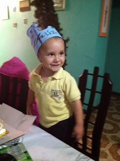 Fabian celebrando so cumpleaños