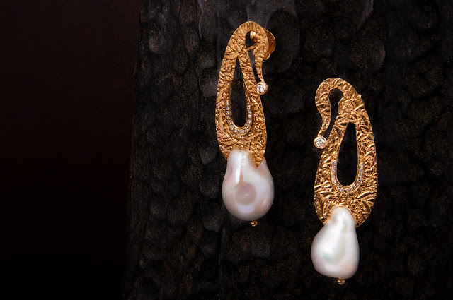Kuzalin Vajrakuta Pearl Earrings-min
