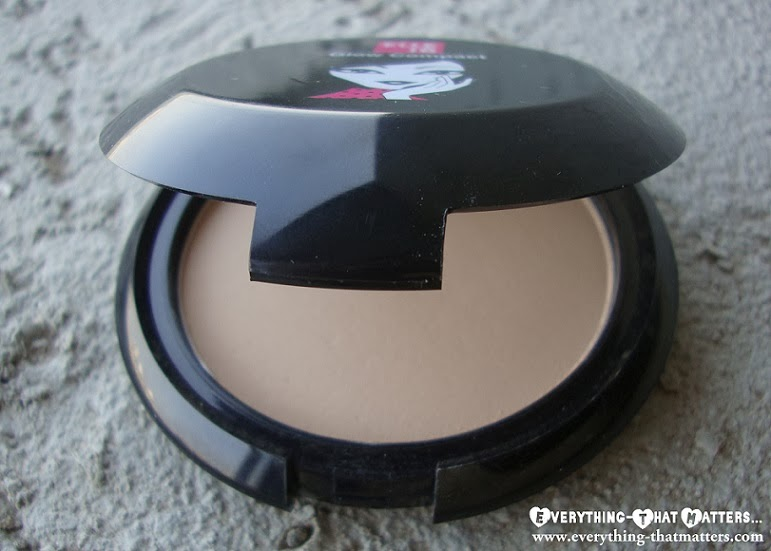 Elle18 Glow Compact Swatch And Review