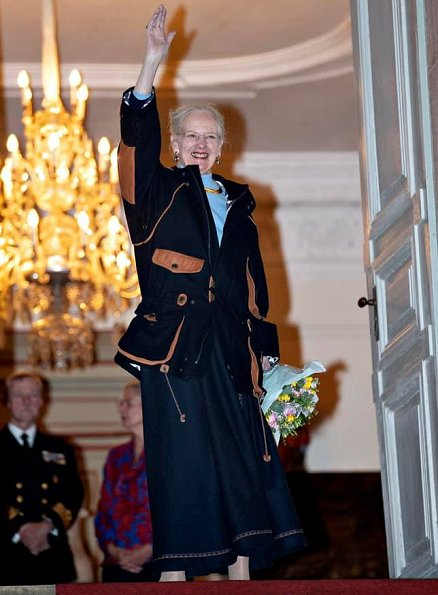 Queen Margrethe resides at Fredensborg Palace in spring and autumn. She was welcomed by citizens of Fredensborg