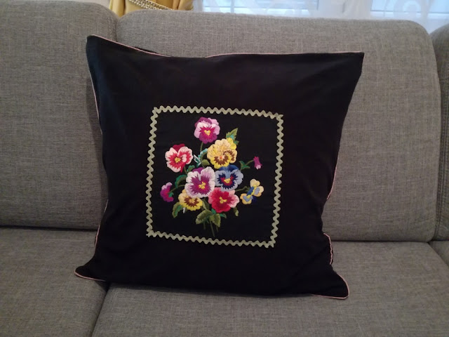 DIY fleece cushion cover with embroidery craftrebella