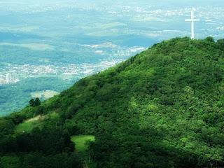 Cruz no topo do Morro da Fé, em Igrejinha.