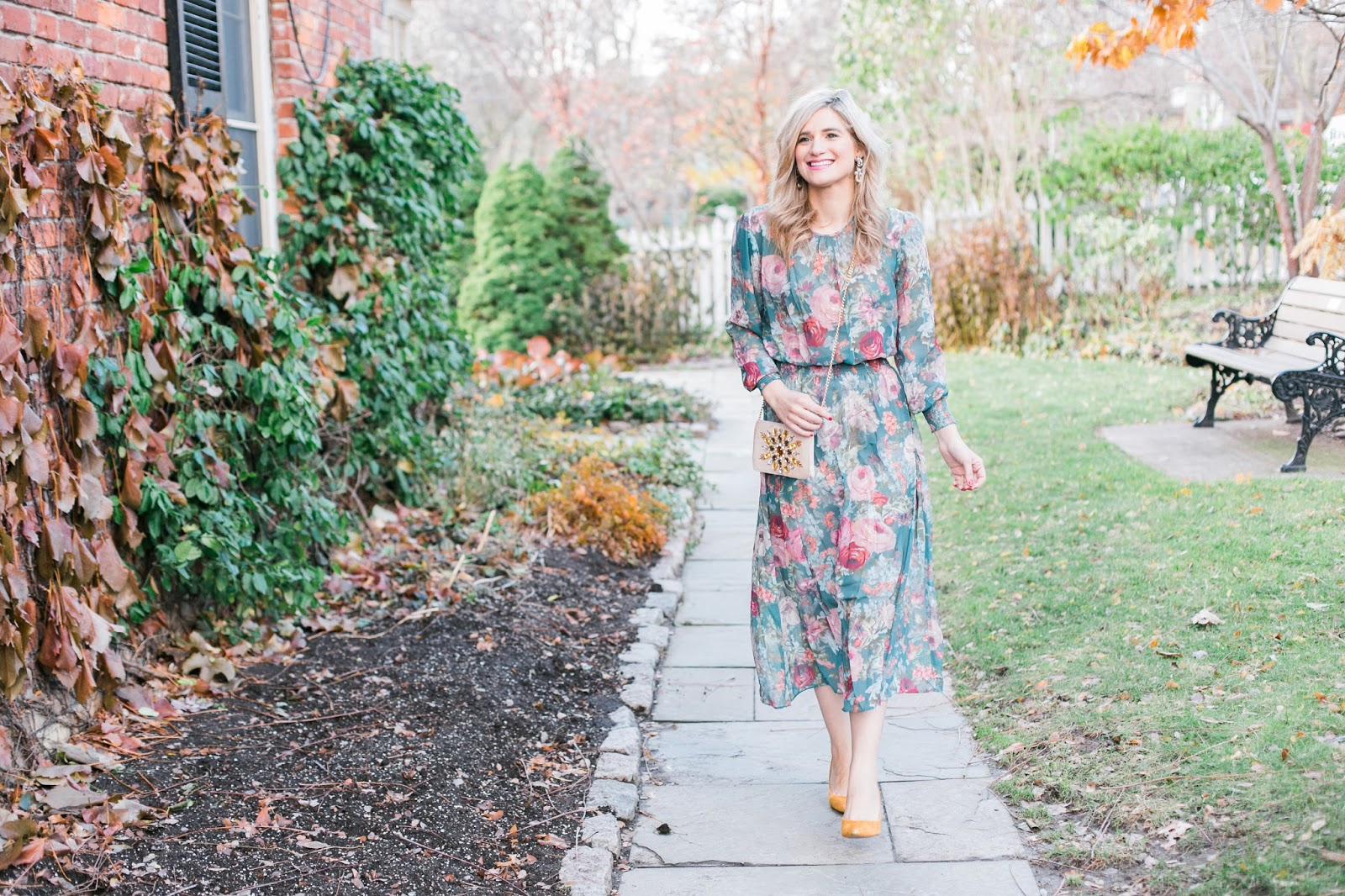 What To Wear To a Fall Wedding - Floral green midi dress