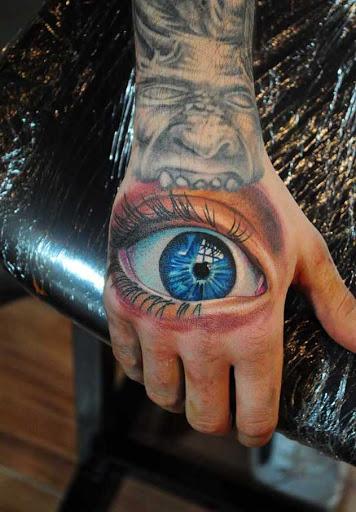 Este olho na mão